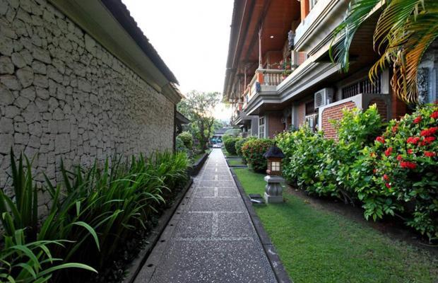 фото отеля Adi Dharma Cottages изображение №37