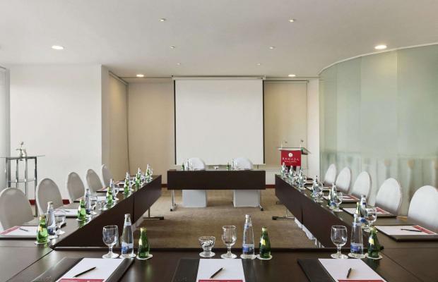 фото отеля Ramada Beach Hotel (ex. Landmark Suites Ajman; Coral Suites) изображение №13
