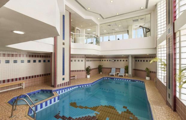 фотографии отеля Ramada Beach Hotel (ex. Landmark Suites Ajman; Coral Suites) изображение №11