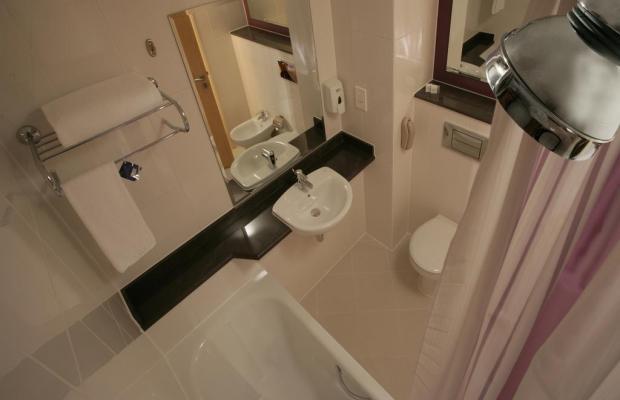 фото отеля Al Majaz Sharjah (ех.Premier Inn Sharjah King Faisal Street) изображение №29