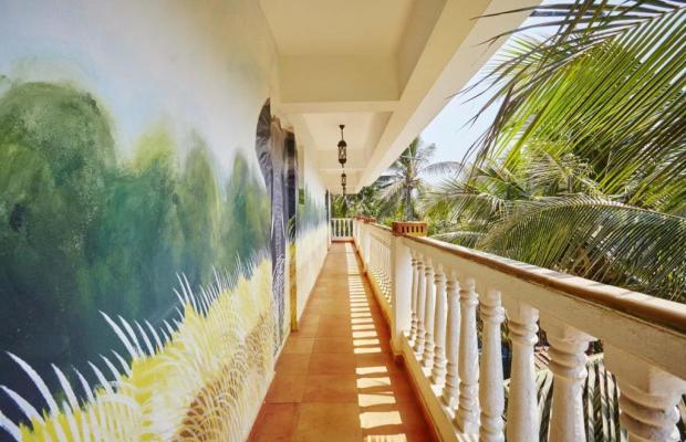 фотографии отеля The Camelot Beach Resort изображение №11