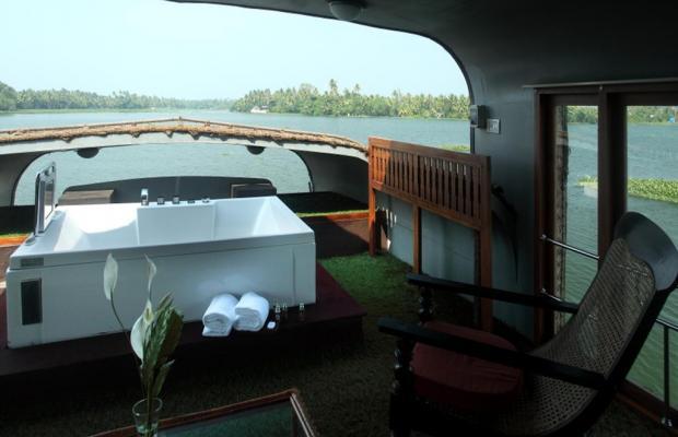 фото отеля Vasundhara Sarovar Premiere изображение №5