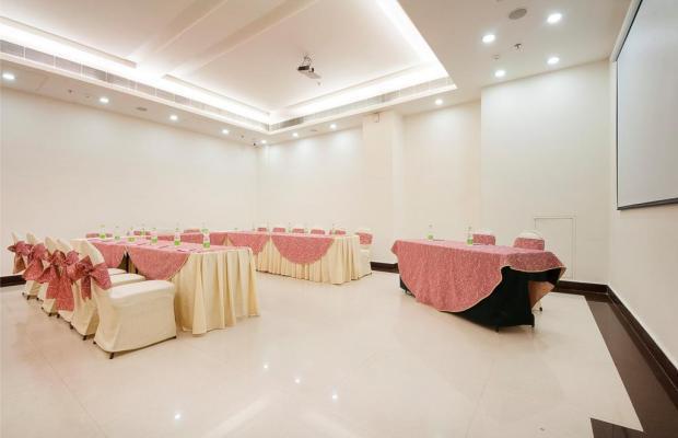 фото отеля Regent Grand изображение №9