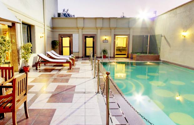 фото отеля Country Inn & Suite by Carlson Jalandhar изображение №1