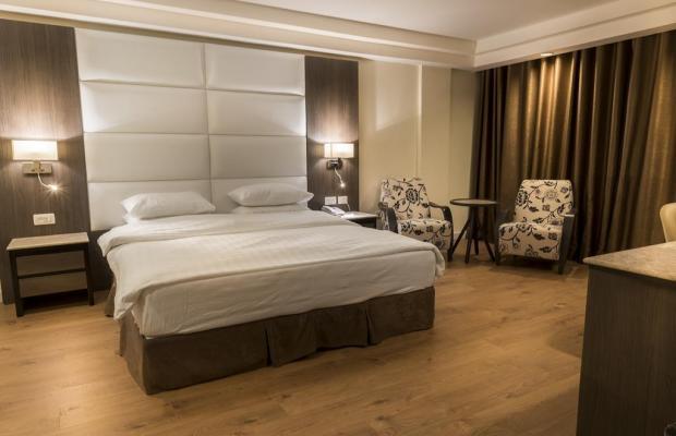 фото отеля Ambassador Hotel изображение №25