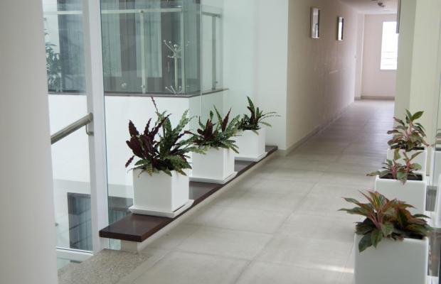 фото Nhi Phi Hotel изображение №14