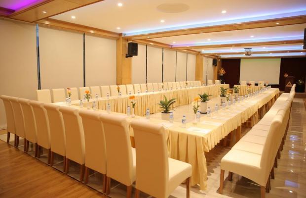фото отеля New Epoch изображение №17