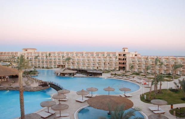 фото отеля Pyramisa Sahl Hasheesh Beach Resort (ex. Dessole Pyramisa Beach Resort Sahl Hasheesh, LTI Pyramisa Beach Resort Sahl Hasheesh) изображение №1