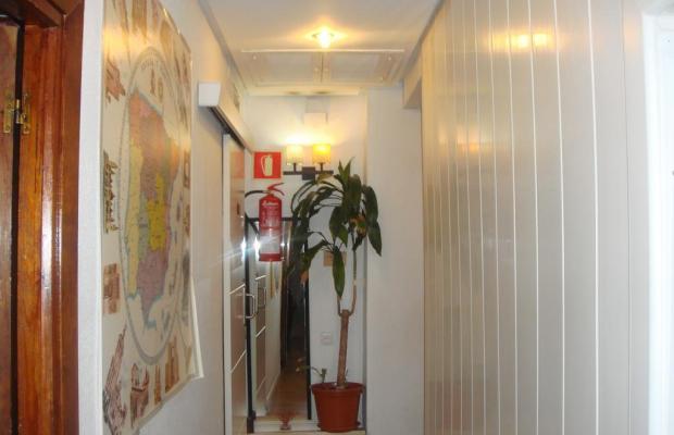 фотографии отеля Hostal Riesco изображение №3