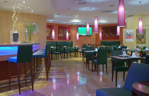 фотографии отеля Holiday Inn Madrid Bernabeu изображение №11