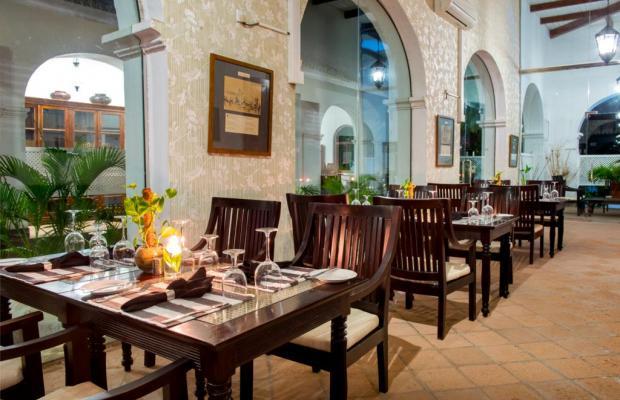 фотографии отеля Tamarind Hill изображение №11