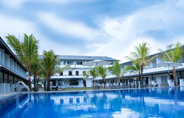фото отеля Coco Royal Beach изображение №1