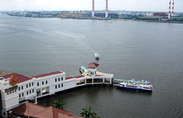фото отеля Berjaya Waterfront Hotel (ех. Zon Regency) изображение №9