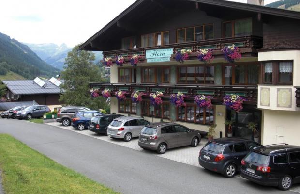 фотографии отеля Flora Hotel Pension изображение №15
