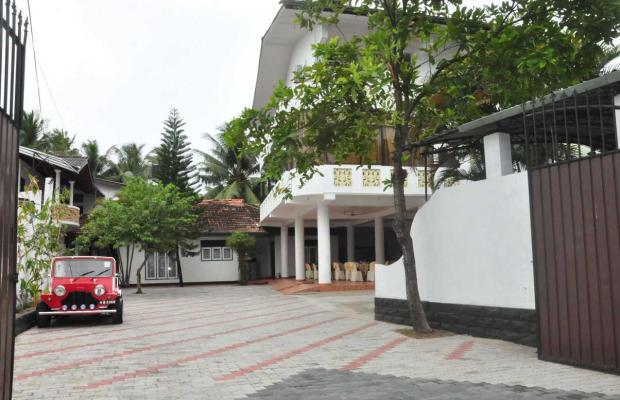 фото отеля Crescent изображение №1