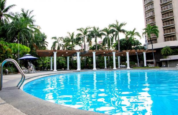 фото отеля Century Park Hotel Manila изображение №1