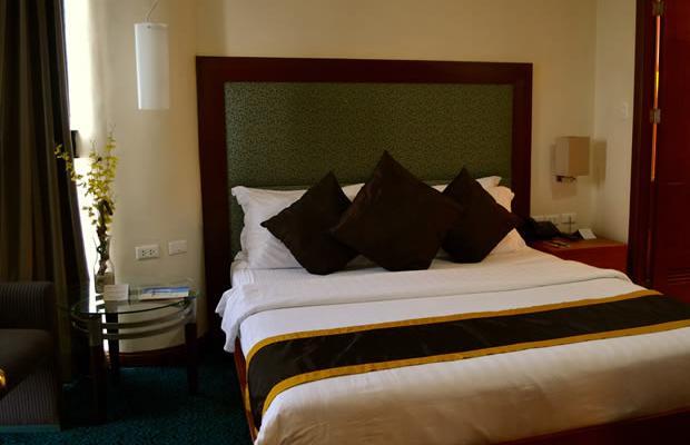 фото отеля Makati Palace изображение №25