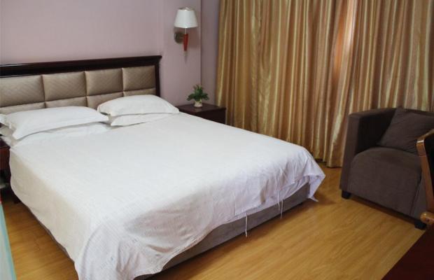 фото Yiting Four Season Hotel - Shanghai Dongfang Road Branch (ex. Yiting 6+e Hotel Shanghai Lujiazui) изображение №6