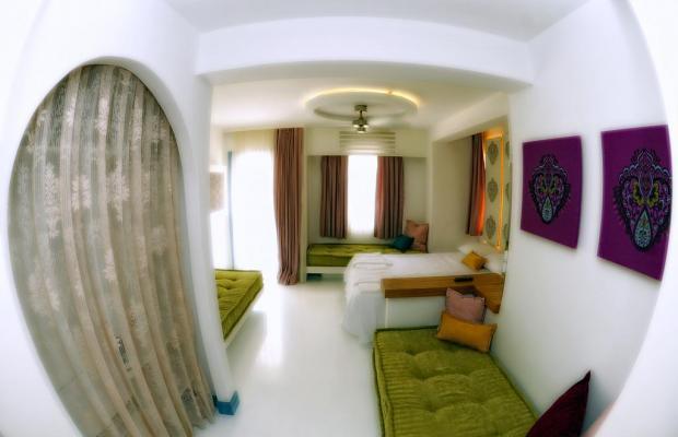 фотографии La Brezza Suite & Hotel изображение №20