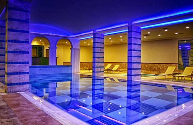фото Utopia World Hotel изображение №10