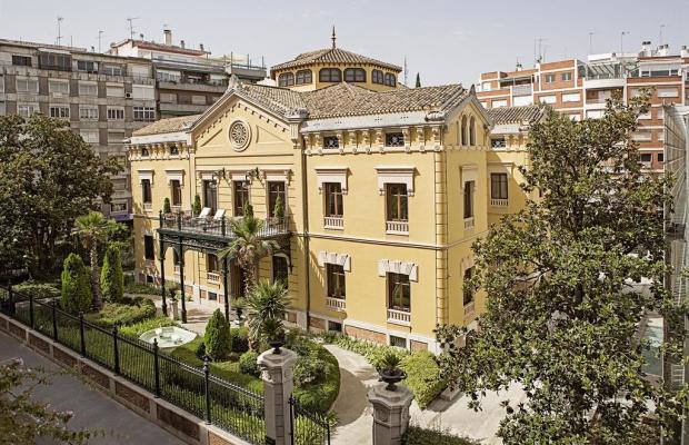 фото отеля Hospes Palacio de Los Patos изображение №1