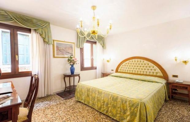 фотографии отеля Antica Casa Carettoni изображение №19
