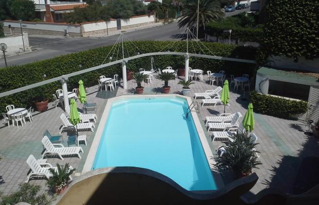 фото отеля Hotel Lido Garda изображение №1
