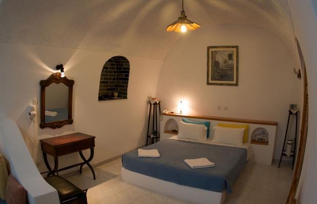 фотографии отеля Vallas Apartments изображение №11